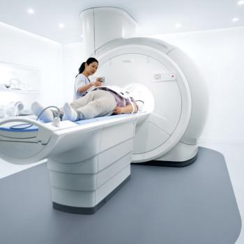 Ressonância Magnética Philips Ingenia Prodiva CS - 11