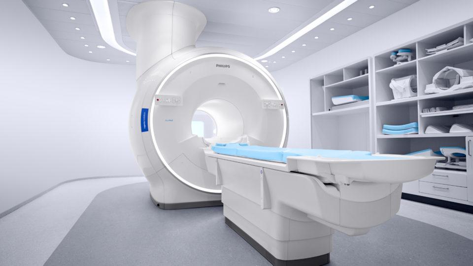 O equipamento conta com uma abertura de 70cm, oferecendo maior conforto para os pacientes
